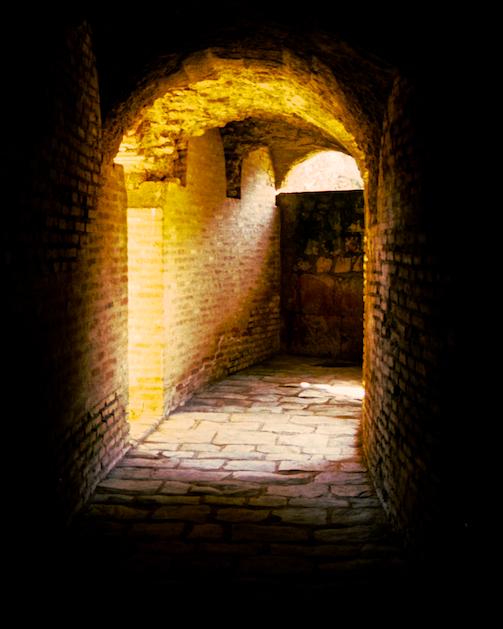 Italica-Passage